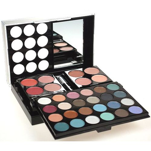 Makeup Trading All You Need To Go, Complete Makeup Palette